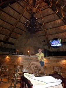 tiki-hut-design-custom-tikibar-keywest-19
