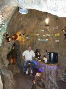 tiki-hut-design-custom-tikibar-keywest-21