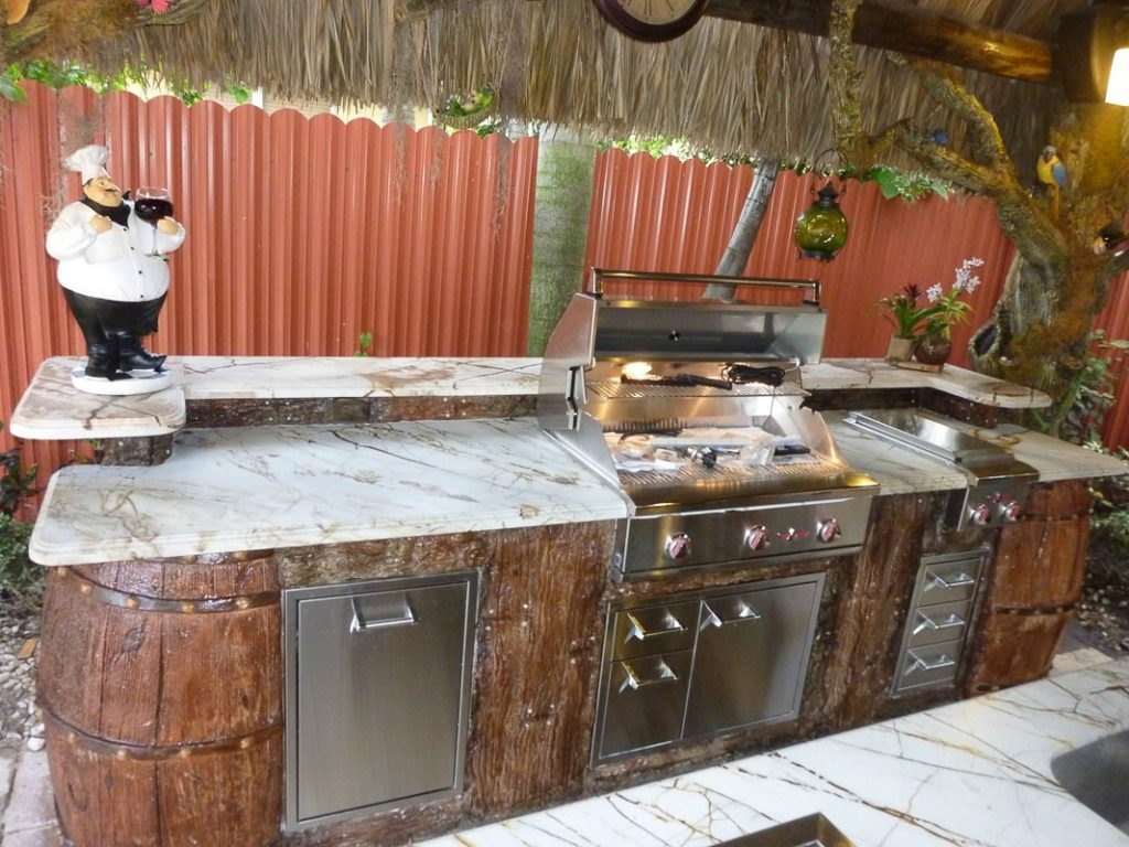 tiki-hut-design-custom-tikibar-keywest-41