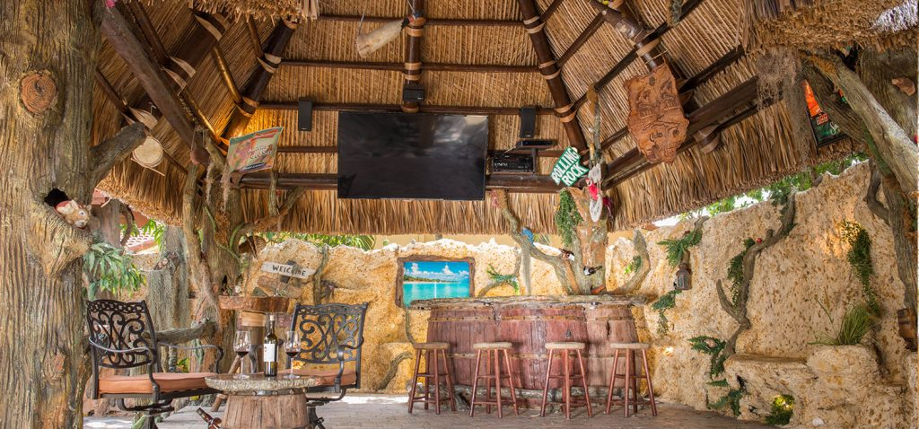 tiki-hut-design-showroom-slide-image
